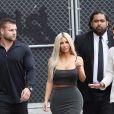 Kim Kardashian arrive dans les studios de l'émission 'Jimmy Kimmel Live!' à Los Angeles, le 2 novembre 2017.