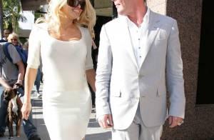 Pour une fois, Pamela Anderson est élégante... et c'est vrai en plus, regardez !