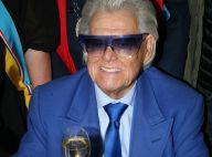 Michou : A 86 ans, après avoir perdu des compagnons, il a retrouvé l'amour...