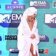 Rita Ora sur le tapis rouge des MTV Europe Music Awards 2017 au SSE Arena, Londres, le 12 novembre 2017.