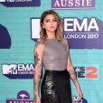 Julia Michaels sur le tapis rouge des MTV Europe Music Awards 2017 au SSE Arena, Londres, le 12 novembre 2017.