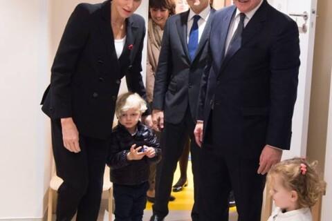 Charlene et Albert de Monaco : Sortie avec Jacques et Gabriella à la crèche