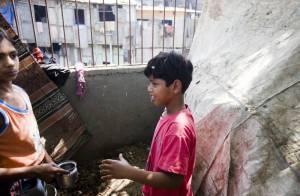 Retour violent pour l'un des héros de Slumdog Millionnaire !