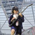 Angus Young en concert avec AC/DC au Queen Elizabeth Olympic Park à Londres, le 4 juin 2016