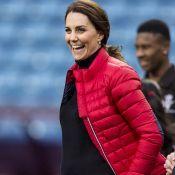 Kate Middleton, enceinte de 4 mois, à Birmingham : Le baby bump est là !