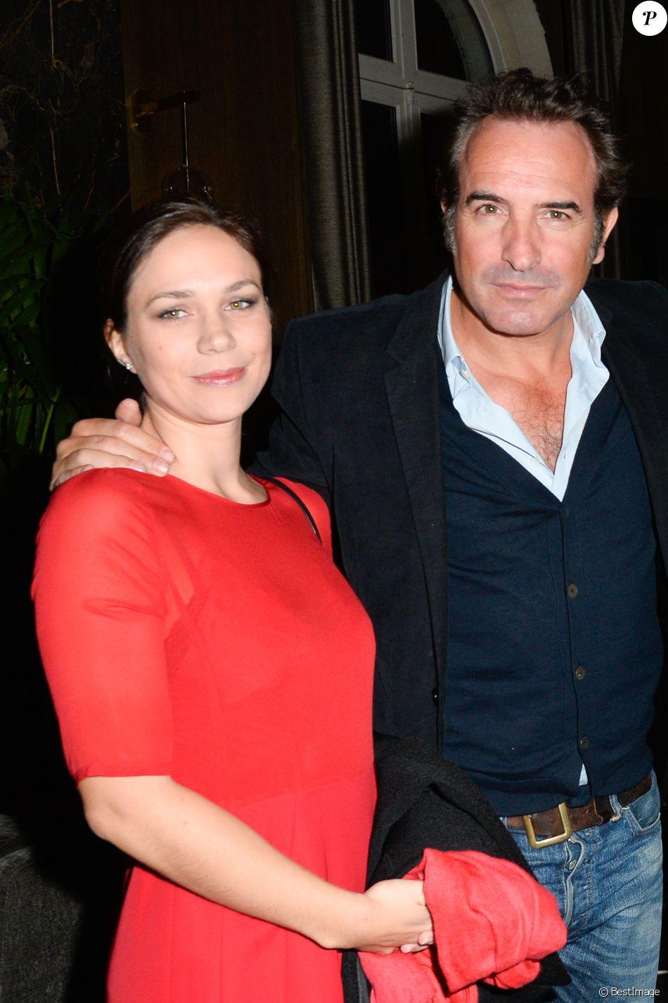 Semi exclusif jean dujardin et sa compagne nathalie for Jean dujardin 30 ans