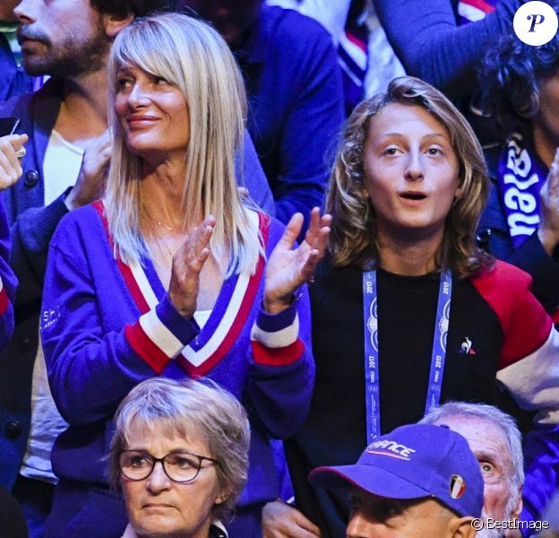 Isabelle Camus, Joalukas Noah ( femme et fils de Yannick Noah ) et Jean Claude Camus - 1er match de la Finale de la coupe Davis opposant la France à la Belgique remporté par Goffin (7-5, 6-3, 6-1) au Stade Pierre Mauroy à Lille , le 24 novembre 2017. © Perusseau - Ramsamy / Bestimage