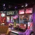 """Visite du plateau de """"Friends"""" dans les studios Warner Bros de Los Angeles, le 25 novembre 2017. Voyage Miss France 2018."""