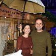 """Semi-exclusif - Lionel Abelanski et sa femme Nathalie Levy-Lang - Inauguration du """"Chalet les Neiges 1850"""" sur la terrasse l'Hôtel Barrière Le Fouquet's à Paris le 27 novembre 2017. © Coadic Guirec/Bestimage"""