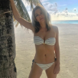Elizabeth Hurley aux Maldives. Octobre 2017.