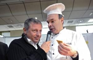 David Martin, fils de Jacques Martin, a animé le salon de la Gastronomie... et en a bien profité !