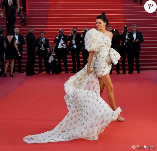 """Kendall Jenner - Montée des marches du film """"120 battements par minute"""" lors du 70ème Festival International du Film de Cannes, France, le 20 mai 2017. © Agence/Bestimage"""