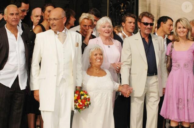 Mimie Mathy  Son vibrant hommage à Johnny Hallyday, témoin à son mariage