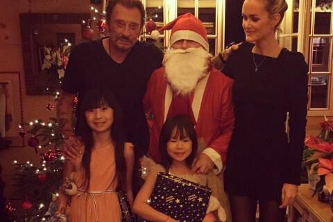 Johnny Hallyday : Ses plus beaux Noël avec Laeticia, Jade et Joy