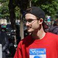 René-Charles Angélil (fils de Céline Dion) devant l'hôtel Royal Monceau à Paris, le 21 juillet 2017.