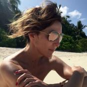 Elsa Zylberstein : Canonissime pour des vacances au paradis, elle laisse rêveur