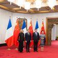 Le président Emmanuel Macron et sa femme Brigitte Macron (Trogneux) lors d'une rencontre avec le président chinois Xi Jinping et sa femme Peng Liyuan au Diaoyutai State Guesthouse à Pékin le 8 janvier 2018. © Jacques Witt / Pool / Bestimage