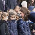 Catherine Kate Middleton (enceinte), duchesse de Cambridge, visite l'école Reach Academy à Feltham le 10 janvier 2018.
