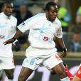 """"""" Wilson Oruma sous le maillot de l'Olympique de Marseille le 9 décembre 2006 lors d'un match de championnat contre l'AS Monaco. """""""
