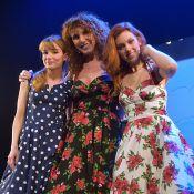 Cécilia Cara de retour sur scène en trio et applaudie par les VIP