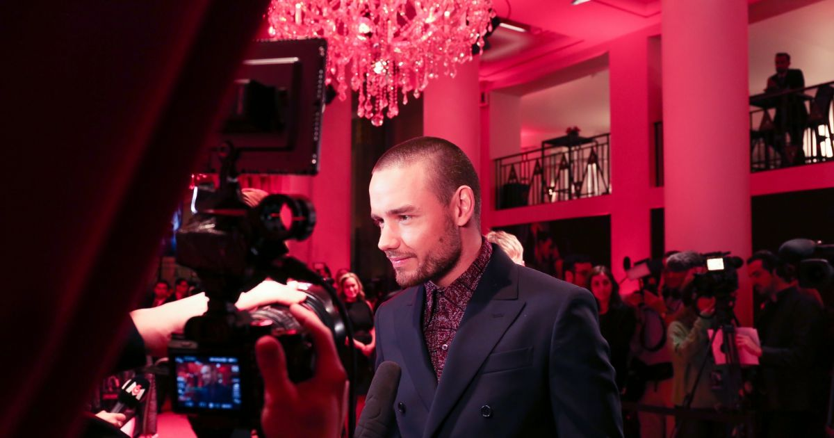Liam payne int rieur avant premi re mondiale de 50 for Interieur paris premiere