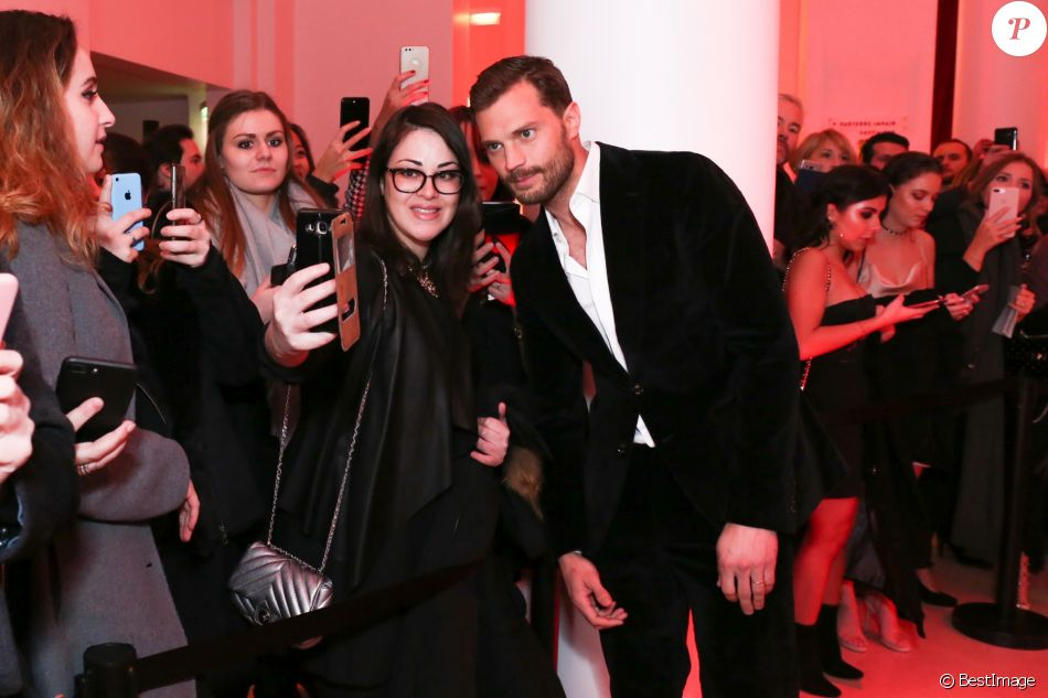 Jamie dornan int rieur avant premi re mondiale de 50 for Interieur paris premiere