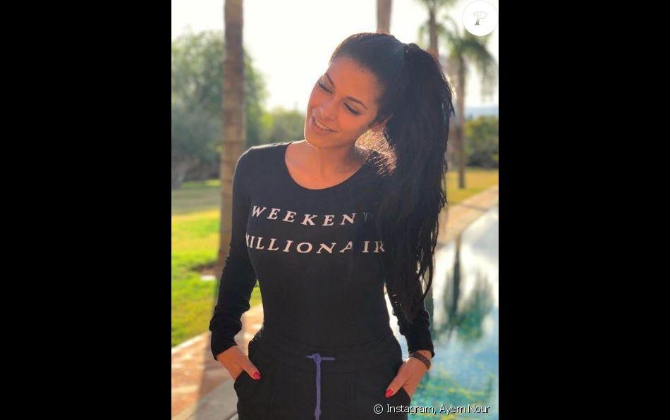 Ayem Nour dévoile sa silhouette amince sur Instagram, 27 janvier 2018