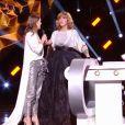 """Iris Mittenaere aux Victoires de la musique - """"France 2"""", 9 février 2018"""
