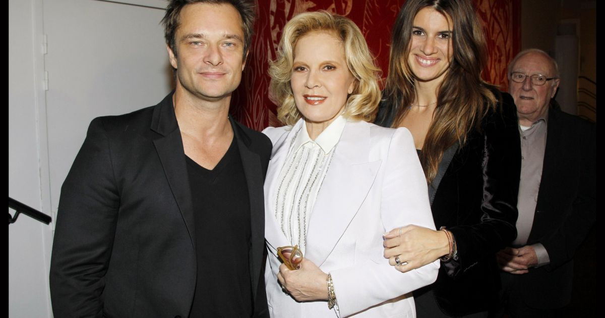 david hallyday avec sa m re sylvie vartan et sa femme alexandra pastor le 23 novembre 2011 la. Black Bedroom Furniture Sets. Home Design Ideas