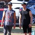 Joe et Nick Jonas s'amusent à Bondi, Sydney, le 27 février 2018
