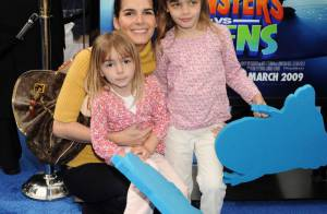 Angie Harmon et ses deux filles, Alex Kingston et sa princesse, et tous les autres enfants des stars... fans de