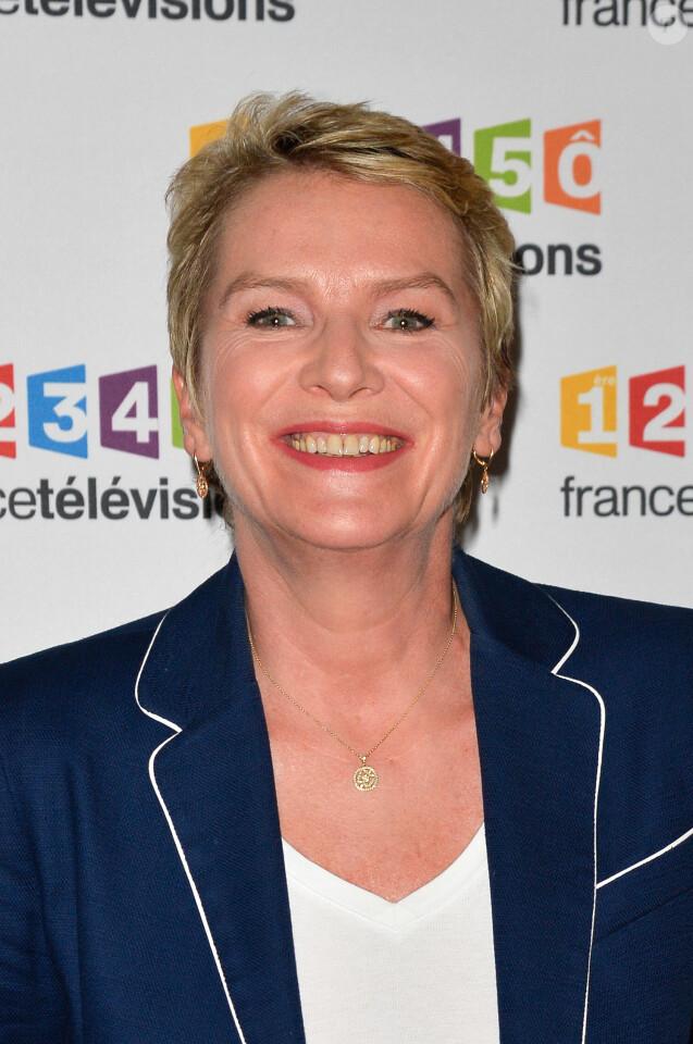 Élise Lucet lors du photocall de la présentation de la nouvelle dynamique 2017-2018 de France Télévisions. Paris, le 5 juillet 2017. © Guirec Coadic/Bestimage