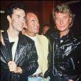 Johnny Hallyday en compagnie de Jean-Claude Jitrois et Gilles Lhote, le 15 novembre 1987.