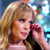 """Kylie Minogue en larmes : Son ex Joshua Sasse est """"une tête de noeud..."""""""