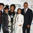 Will Smith, Jada Pinkett Smith et leurs enfants Willow Smith, Jaden Smith et Trey Smith à Burbank le 22 octobre 2016.