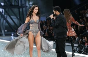 Bella Hadid et The Weeknd ensemble ? Le mannequin nie,
