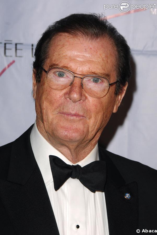 Roger Moore : ses mémoires devraient être savoureux...