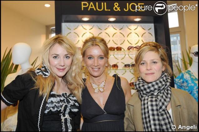 Julie Depardieu, Marina Foïs et Sophie Albou au lancement de la collection Eyewear Paul & Joe