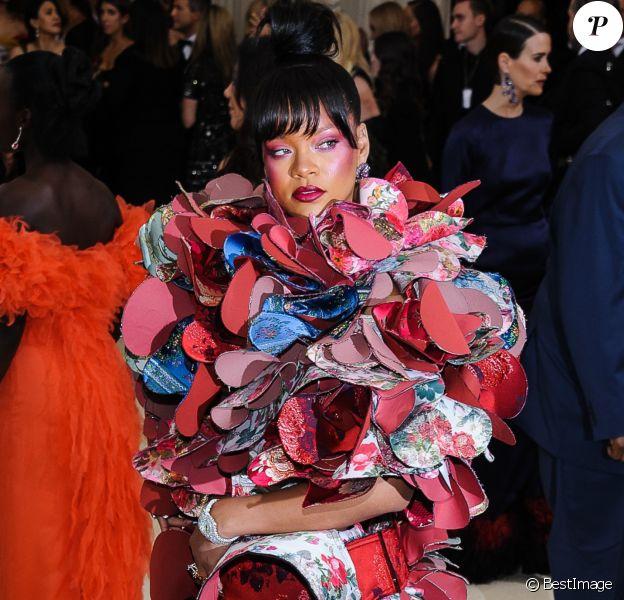 Rihanna en Comme des Garçons, en 2017