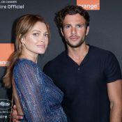 Caroline Receveur, enceinte, complice avec Hugo et les people à la soirée Orange