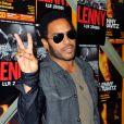 Lenny Kravitz, tout sourire pour l'annonce de sa tournée européenne, le 6 avril au studio TSF d'Aubervilliers
