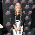 Emily Osment  au Planet Hollywood de New York lors de la promotion de la nouvelle décoration du restaurant et dans le cadre de la sortie du film Hannah Montana - 7 avril 2009