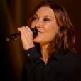 """Zazie sexy dans sa robe Yves Saint Laurent - Duels de """"The Voice 7"""", 6 avril 2018, sur TF1"""