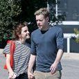 Exclusif - Emma Watson et Chord Overstreet se promènent à Los Angeles, le 8 mars 2018.