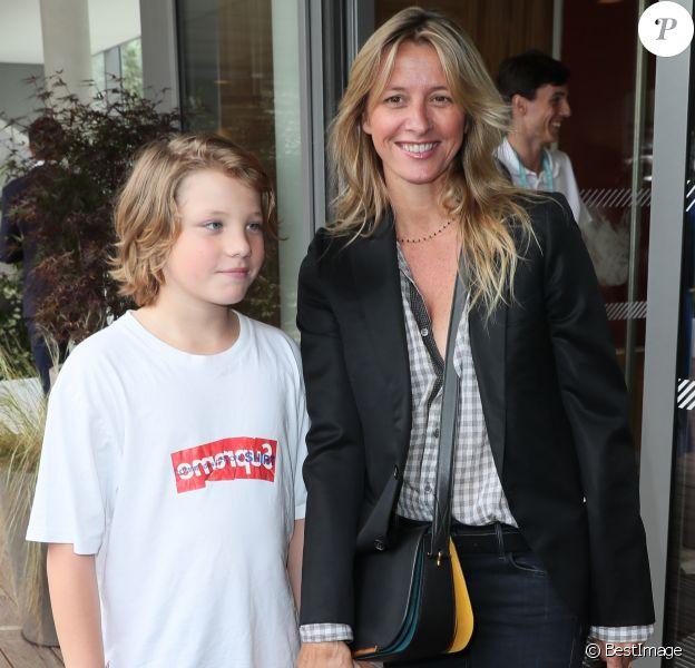 Sarah Lavoine et son fils Roman - Les célébrités au village des Internationaux de Tennis de Roland Garros à Paris, France, le 6 juin 2018.