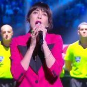 France 98 VS Fifa 98 : Nolwenn Leroy, stylée en rose, face aux joueurs