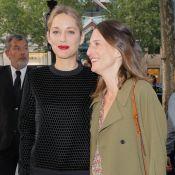 """Marion Cotillard et Camille Cottin, sublimes """"alliées"""" sur les Champs-Élysées"""