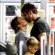 Exclusif - Hilary Duff, son fils Luca et son compagnon Matthew Koma à Los Angeles, le 14 janvier 2018.