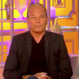"""Laurent Baffie présente sa mère sur le plateau de """"Salut les Terriens"""" sur C8, le 26 mai 2018."""