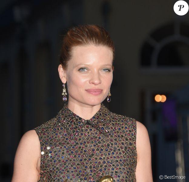 """Mélanie Thierry (Swann d'or de la meilleure actrice dans """"La douleur"""") - Press room du festival du film de Cabourg le 16 juin 2018. © Coadic Guirec / Bestimage"""